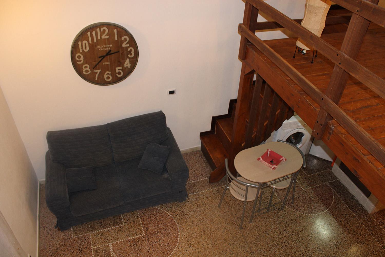 Camera appartamento via Dante 23